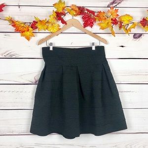 H&M Black Thick Winter Flare Skirt Size Large